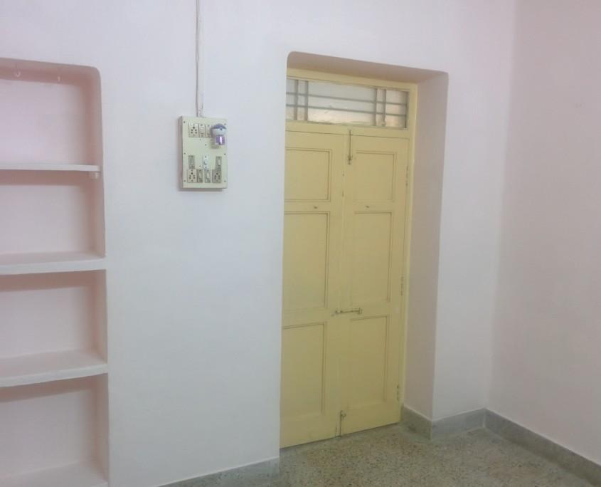 2 BHK House for Rent behind Adyar Gate Alwarpet Chennai
