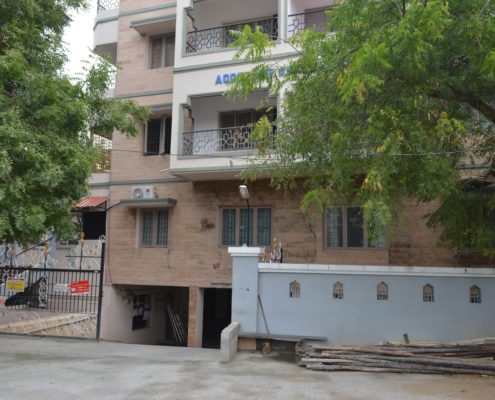 2 BHK FF 1100 SF Accolade Apt